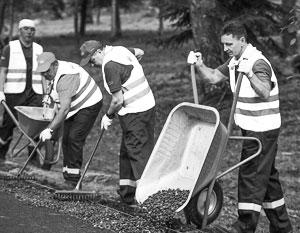 Губернаторы «на кончиках пальцев» ощутили специфику дорожных работ