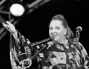 Отказавшись от концертов в России, Катамадзе поддержала митингующую в Тбилиси оппозицию