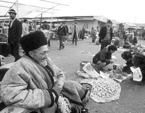 Потенциально одна из самых богатых в мире стран Туркмения умудрилась скатиться до нищеты
