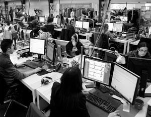 Многие утверждают, что уже в ближайшем будущем люди будут работать гораздо меньше