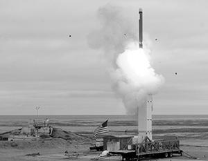 США задумали втянуть Россию в новую гонку вооружений
