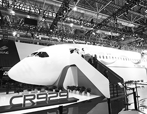 На МАКСе впервые представят фюзеляж российско-китайского самолета CR929