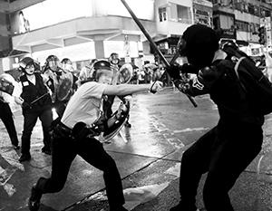 Новая «цветная революция» в Гонконге опасна, поскольку у нее, помимо заграничных спонсоров, есть реальные причины на местах