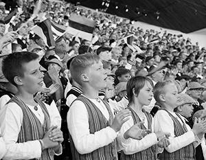 Перевод русских школ на эстонский язык откладывается на неопределенный срок
