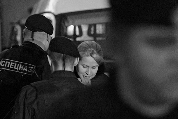 На фото – Евгения Васильева, бывший начальник департамента имущества Минобороны, обвиняемая по знаменитому делу Оборонсервиса. Суд принял решение заключить ее под домашний арест