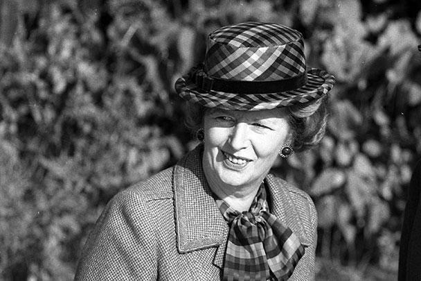 В Великобритании скончалась одна из самых знаковых политиков второй половины ХХ века – «Железная леди» Маргарет Тэтчер. Это фото сделано в 1985 году – именно в это время состоялась ее встреча с Михаилом Горбачевым, которая стала одним из первых признаков улучшения отношений между Западом и СССР