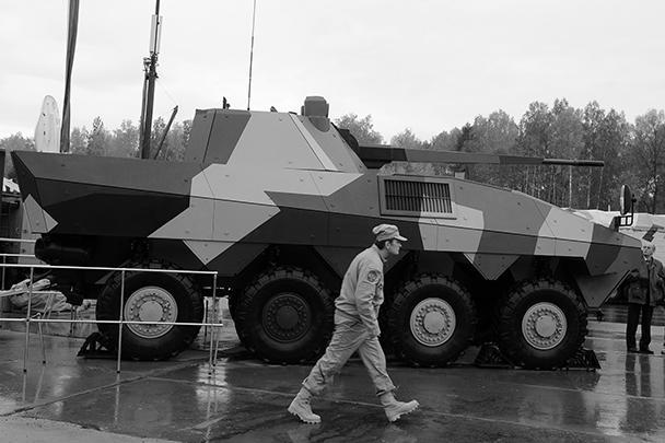 На выставке вооружения и боеприпасов Russian Arms Expo-2013 показали прототип боевой машины пехоты (БМП) будущего. В отличие от других машин подобного класса, БМП будущего вооружат 57-миллиметровым орудием, которое позволит стрелять на расстояние до 16 км, а не обычной 30-миллиметровой пушкой