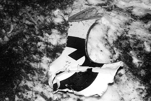 Boeing-737 авиакомпании «Татарстан», выполнявший рейс из Домодедово, разбился при посадке в казанском аэропорту. На борту находились 44 пассажира и шесть членов экипажа, все они погибли, в том числе сын президента Татарстана Ирек Минниханов и глава ФСБ по республике Александр Антонов