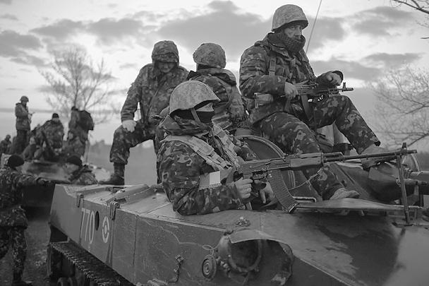 В Славянске проходит объявленная главой МВД Украины Арсеном Аваковым силовая операция, на штурм города брошены все подразделения с Западной Украины. Операция уже привела к жертвам