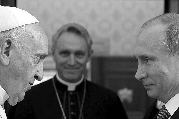 Владимир Путин побывал в Италии, где встретился с премьер-министром Маттео Ренци, президентом Серджо Маттареллой и папой римским Франциском. Не забыл Путин навестить и своего давнего друга Сильвио Берлускони. Главными темами обсуждения стали отношения России и Италии на фоне кризиса на Украине