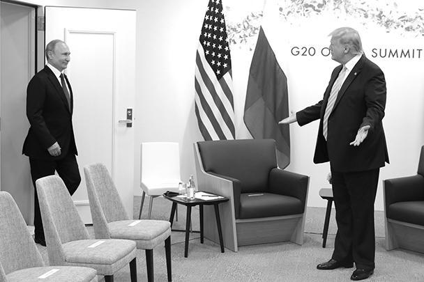 «Давно не виделись»: такими словами Владимир Путин приветствовал американского коллегу Дональда Трампа перед встречей на полях саммита G20 в Осаке. В последний раз лидеры России и США беседовали с глазу на глаз год назад в Хельсинки