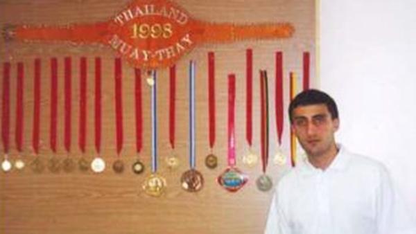 Чемпиона мира по тайскому боксу убили в Москве