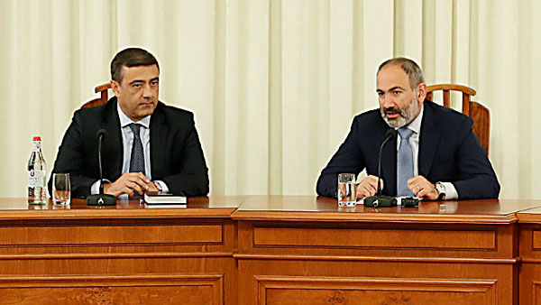 Премьер-министр Армении бросил вызов Сатане