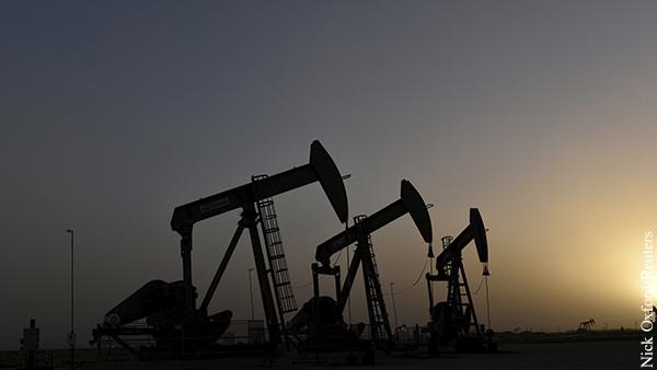 Саудовская Аравия неспроста уступает России лидерство по нефти