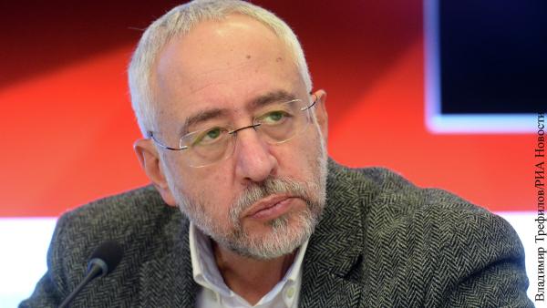 Сванидзе поддержал заявление судьи КС о «незаконно созданном» СССР