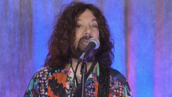 Автор хита I Love Rock'n'Roll умер от коронавируса в США