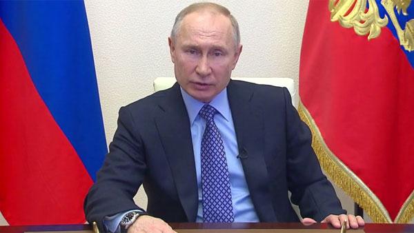 Путин назвал введенные в Москве ограничения оправданными