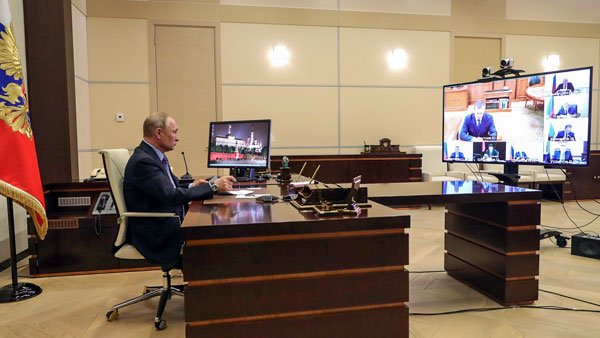 Путин поручил жестко пресекать монопольное взвинчивание цен на фоне коронавируса