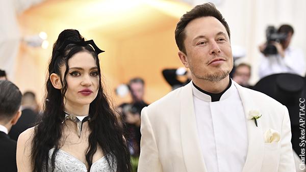 Илон Маск и певица Граймс назвали сына набором символов