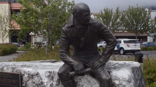 На Аляске приняли резолюцию о переносе статуи первопроходца Баранова