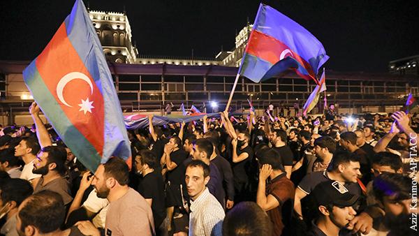 В Баку прошел митинг с требованием начать войну за Карабах