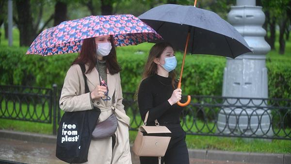 Названы причины дождливого лета в Москве