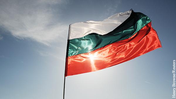 Болгария выслала двух российских дипломатов