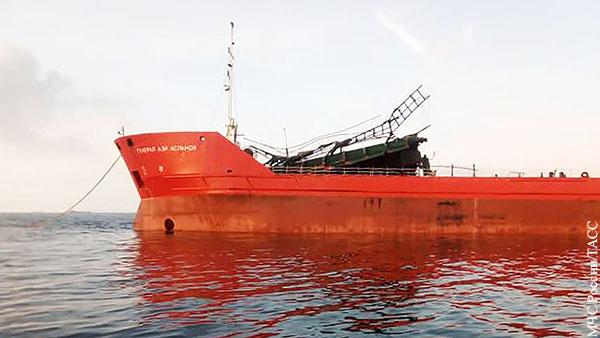 В МЧС рассказали о состоянии спасенных после взрыва на танкере в Азовском море