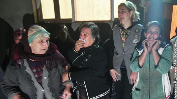 По версии Азербайджана, в результате армянского удара по Барде погиб 21 мирный житель, около 70 ранены