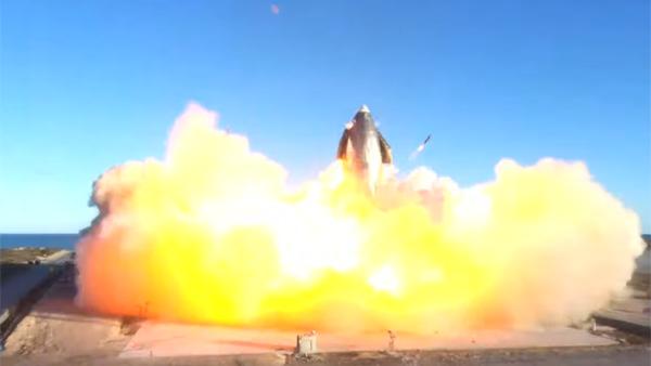 Прототип корабля Starship взорвался при испытаниях в Техасе