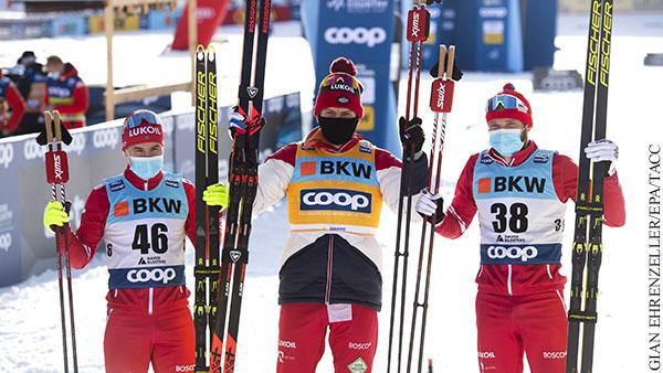 Российские лыжники заняли весь пьедестал на Кубке мира в Швейцарии