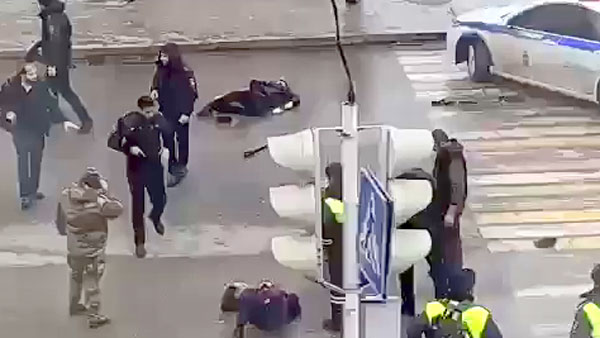 На полицейских в чеченской столице напали с ножами два брата-пекаря из соседней Ингушетии