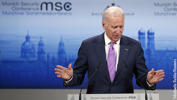 Эксперт объяснил разницу подходов Байдена к России и Китаю