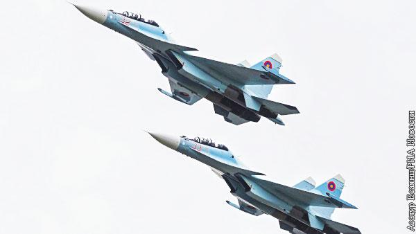 Военная авиация пролетела над Ереваном