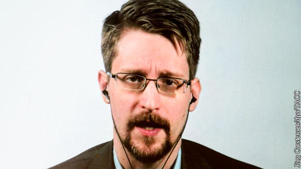 Адвокат рассказал о порядке получения Сноуденом гражданства России