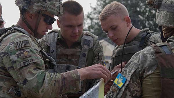 В ЛНР усомнились в желании США оказать военную помощь Украине