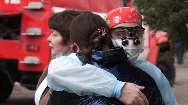 Общество: В Благовещенске под огнем врачи явили русское чудо