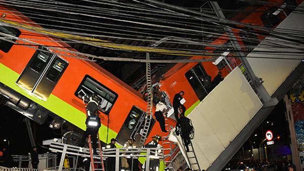 В Мехико обрушился метромост с проходившим по нему поездом. По официальным данным, в результате аварии погибли 23 человека. При этом данные о пострадавших разнятся: по меньшей мере около 70 человек госпитализированы. Также среди пострадавших и погибших есть несовершеннолетние