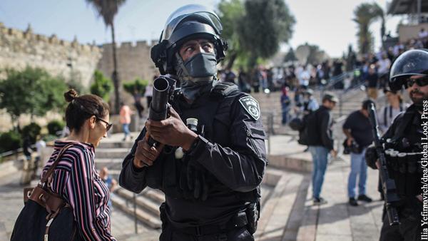 В Иерусалиме возобновились столкновения палестинцев с полицией Израиля