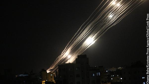 Боевое крыло ХАМАС запустило 100 ракет по городу Беэр-Шева