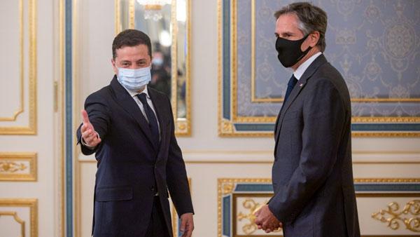После встречи Зеленского с Блинкеном, Киев обратился к соседям с идеей нового антироссийского союза