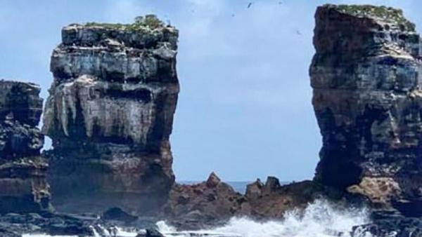 Знаменитая Арка Дарвина обрушилось на Галапагосских островах