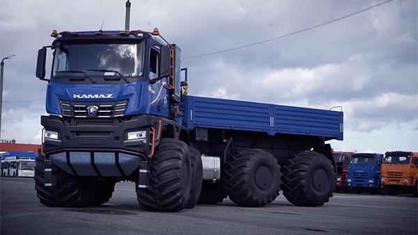 КамАЗ решил испытать на Ямале новый арктический грузовик