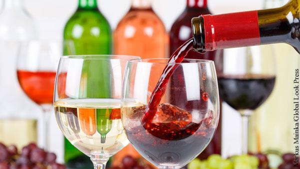 Виноделы обиделись из-за отсутствия российских вин на ПМЭФ