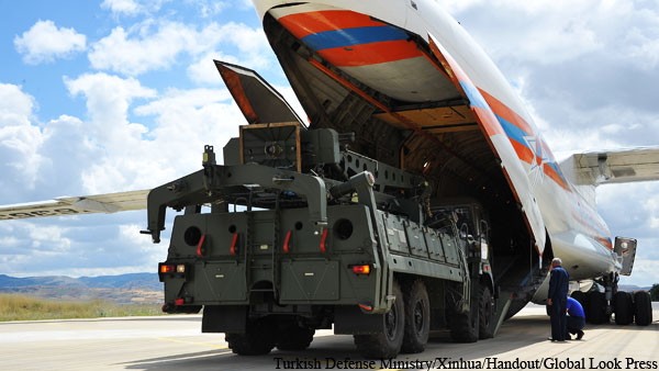 США обвинили Турцию в нарушении обязательств по НАТО из-за С-400