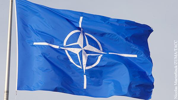 Чехия призвала НАТО подтвердить политику устрашения России