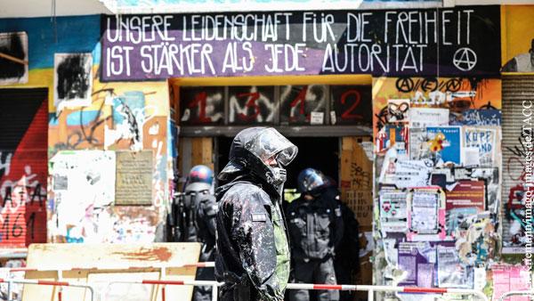 Столкновения полиции со сквоттерами произошли в Берлине