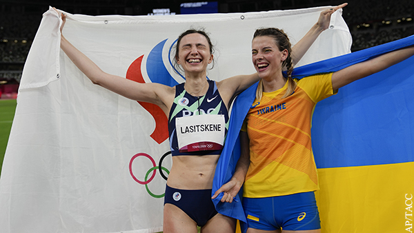 Политолог объяснил, почему украинские спортсмены братаются с россиянами