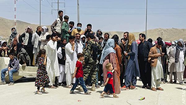 Украина заявила о готовности принять тысячи афганских беженцев