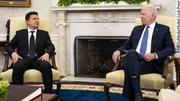 Зеленский заявил о поддержке Байденом принятия Украины в НАТО